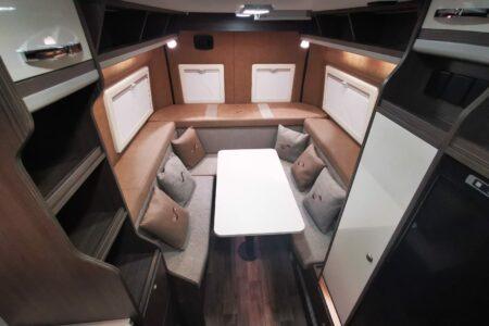 Mega Lounge 640